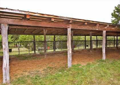Ten stall barn front view